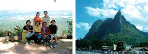 折角の記念撮影も日陰のため失敗作(左) タイにもこんな奇妙な形の山があります(右)